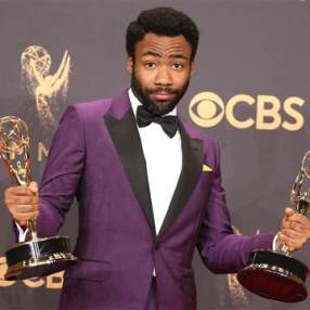 170918-donald-glover-mc-0848_22e2392b49bc451367a238f6dd3c4f6f.nbcnews-fp-360-360