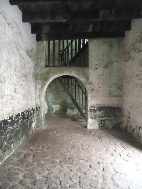 secret stairs to gov's room.jpg